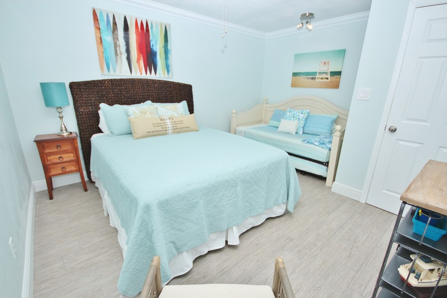 SCGII1062bed1